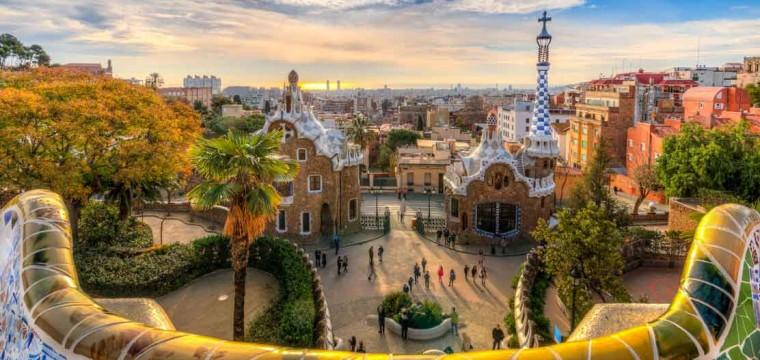 Bebsy.nl stedentrip Barcelona aanbieding | €125,- incl. vluchten actie