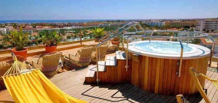 Luxe @ Gran Canaria in juli   Vluchten, 4* hotel & halfpension €560,-